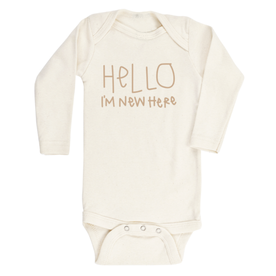 Tenth & Pine - HELLO IM NEW HERE - ORGANIC BODYSUIT - LONG SLEEVE | Clay