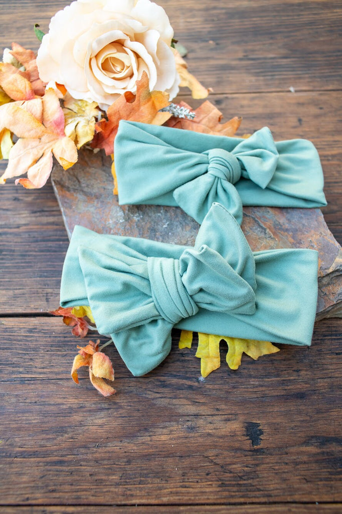 Green Fern Bow or Bow Knot