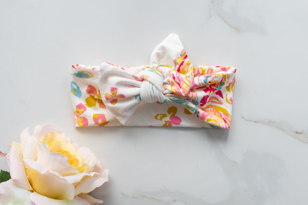 Emma Grace Shoppe- Handmade Bow knot-Spring Floral
