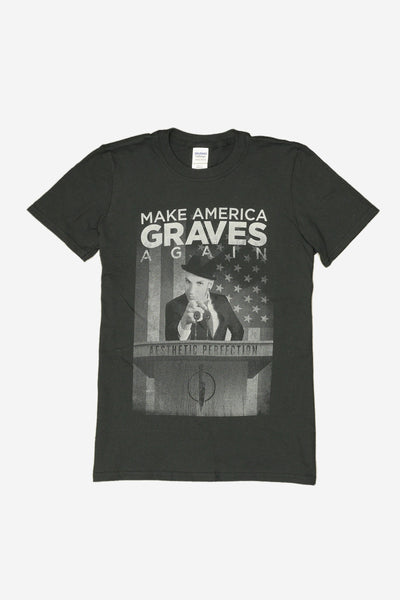Make America Graves Again // Women's T-Shirt