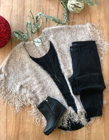 Holiday Parties & New Years Eve Outfit Ideas
