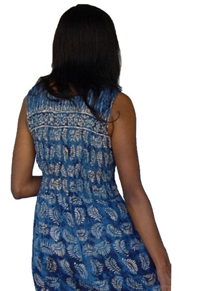 Smocked Lacing Batik Dress With Scallop Hem