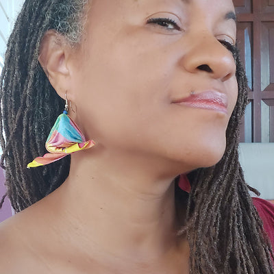 Angisa Earrings Handmade from Suriname