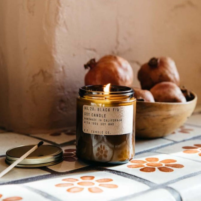 Black Fig Standard Soy Candle | Garian