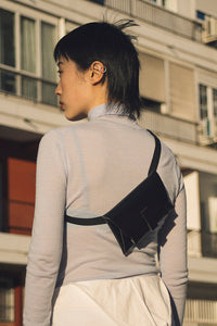 Kangaroo Belt Bag - Black - GARIAN Hong Kong