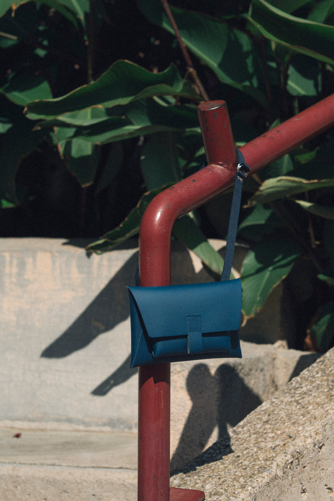 Kangaroo Belt Bag - Navy | Garian