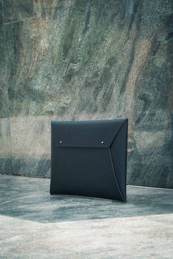 Large Document Organizer - Black | Garian