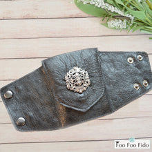 Wrist Wallet Cuff in Black Leather with Concho