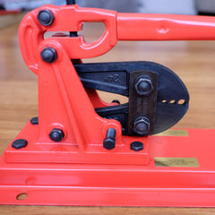 Bench mounted swage tool for 2.4, 3.2  & 4mm wire