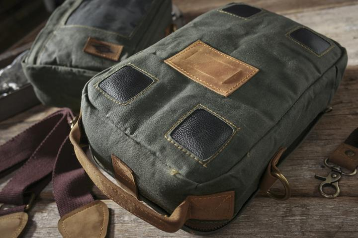 URBAN ESSENTIALS TANK BAG