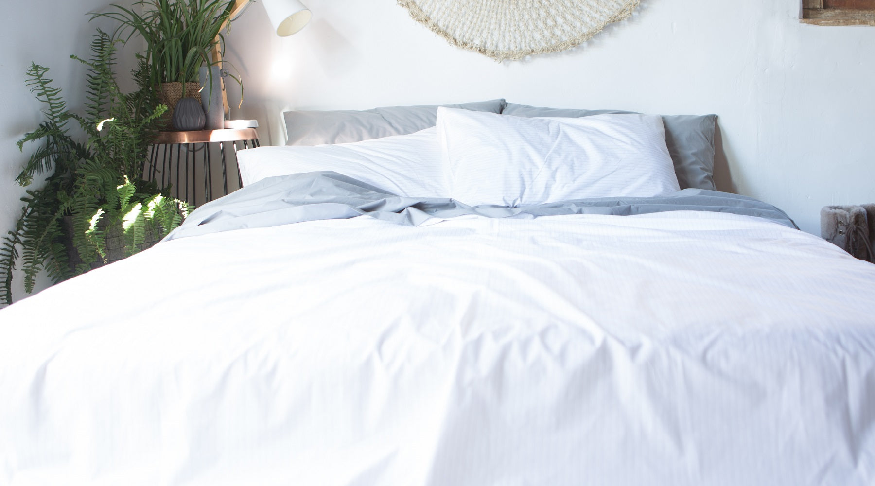 How To Keep White Sheets White