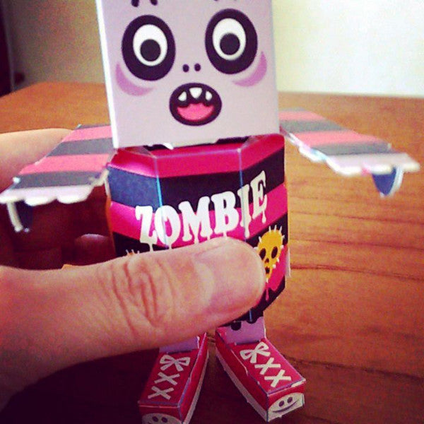 Kamikara Paper Craft Surprised Zombie