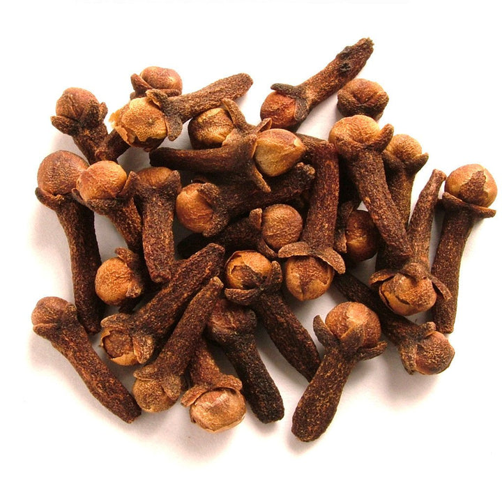 Clove Bud Essential Oil: Traditional Comfort for a Sore Throat or Toothache