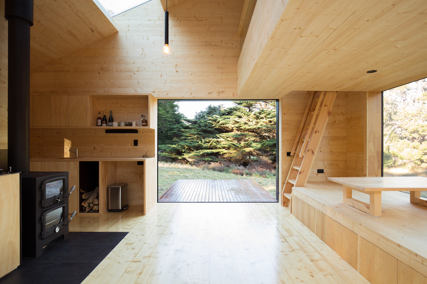 A Cabin Design That Combines Japanese Aesthetics and the ...