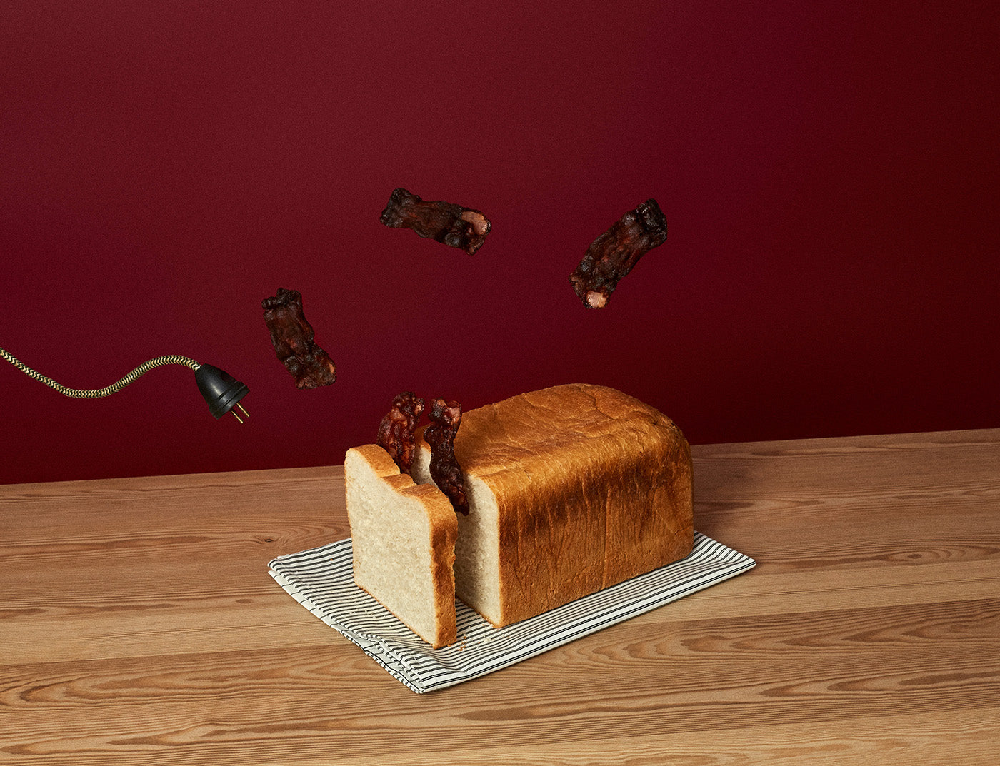 Surreal and absurd bacon toast by Fragmento Universo