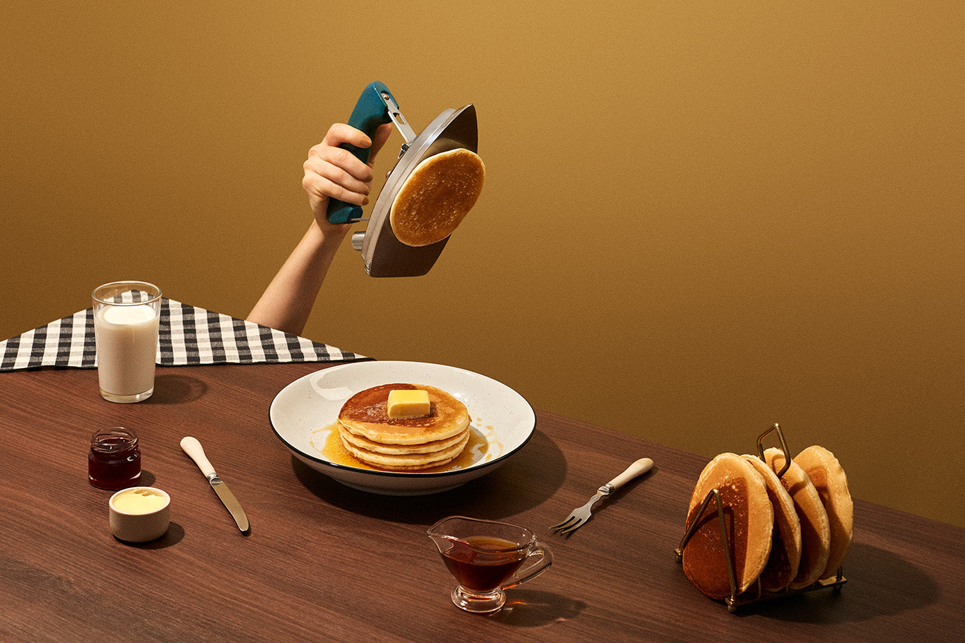 Ironed pancakes. From the series Break/Fast by Fragmento Universo