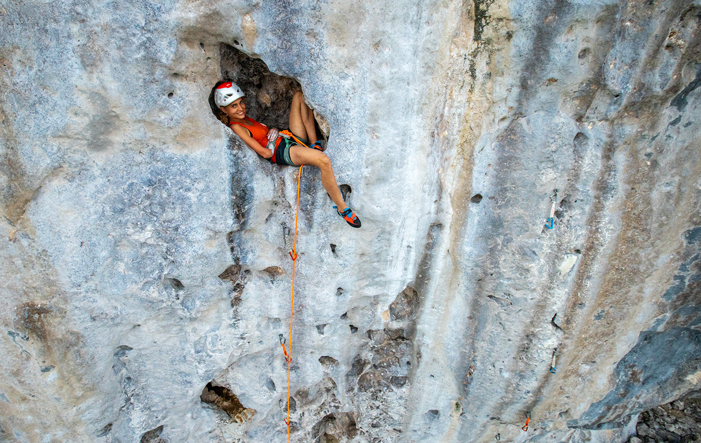 Cliffhanger, published by gestalten. Photo: Guillaume Broust, Bourg Saint Maurice