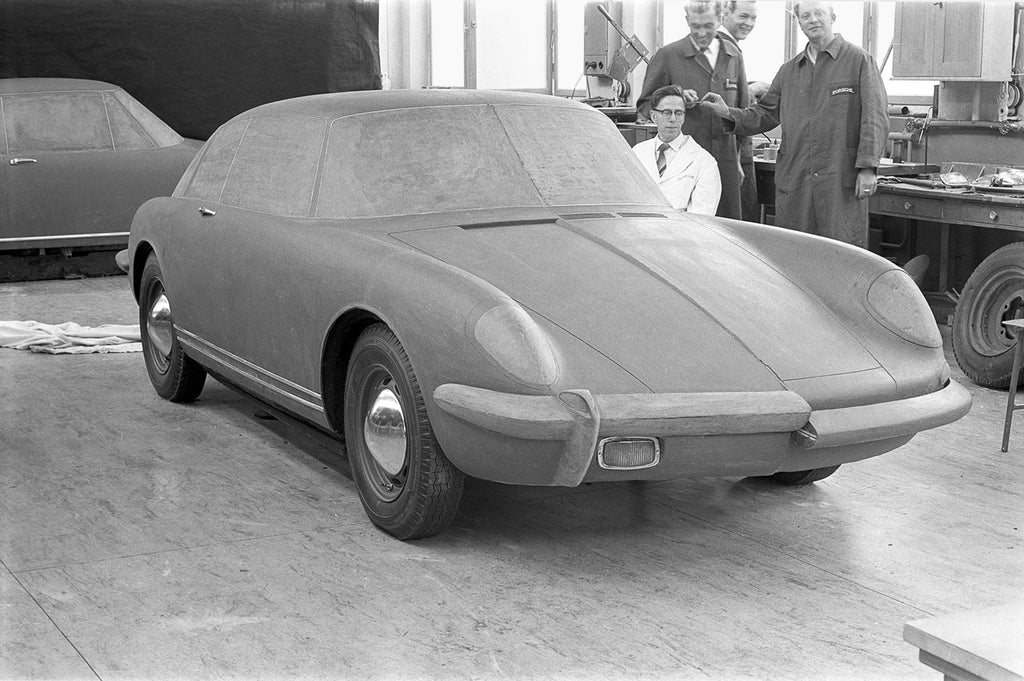 a Porsche Type 695 being configured in the Zuffenhausen design department