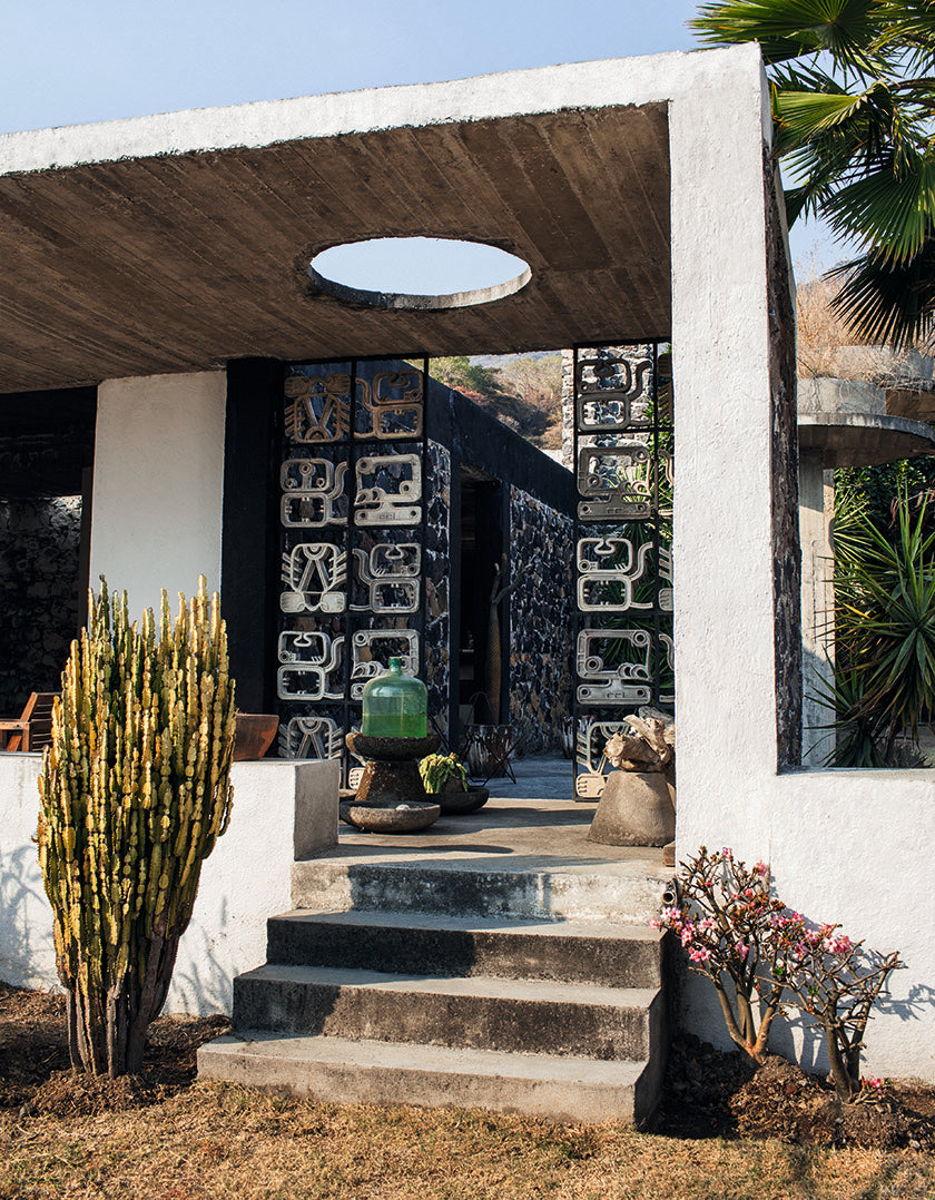 architect Ludwig Godefroy and interior designer Emmanuel Picault Brutalist Mexican house in the mountains
