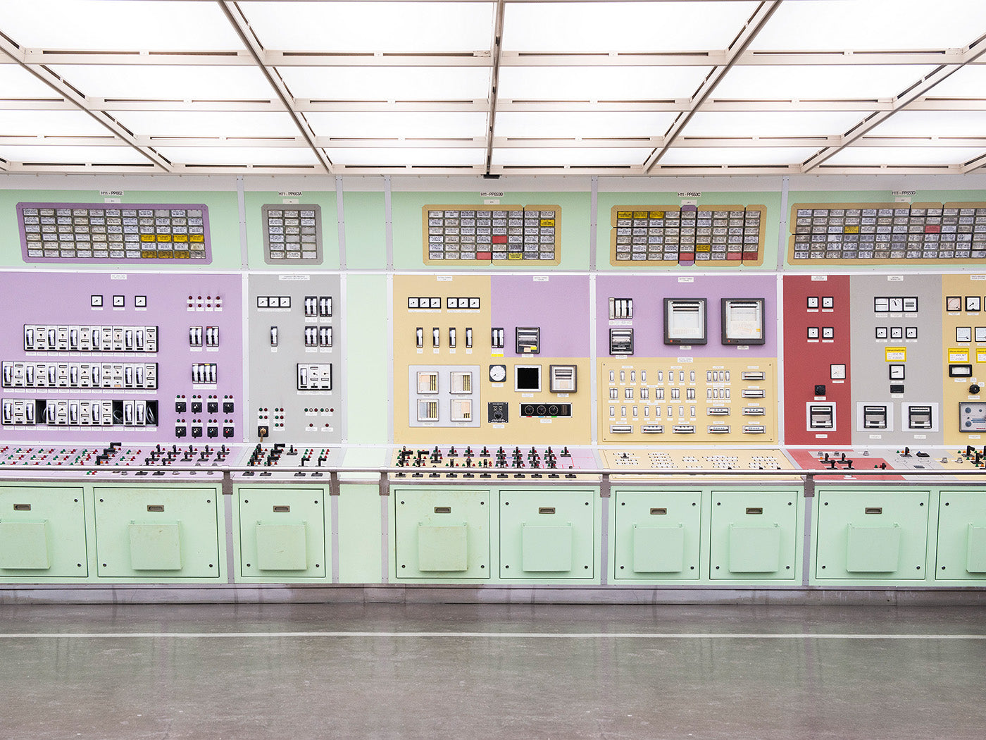Image of the control desk at Caorso nuclear power plant, Piacenza by Mattia Balsamini