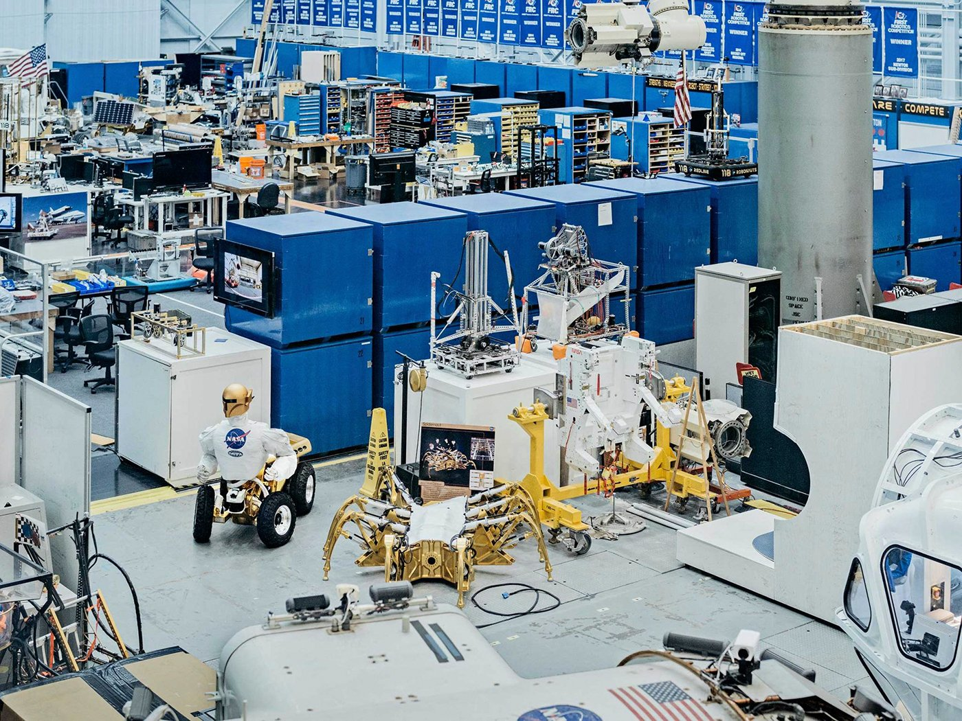 Inside view of the NASA HQ where astronauts are prepared for space travel. Photo by Mattia Balsamini.
