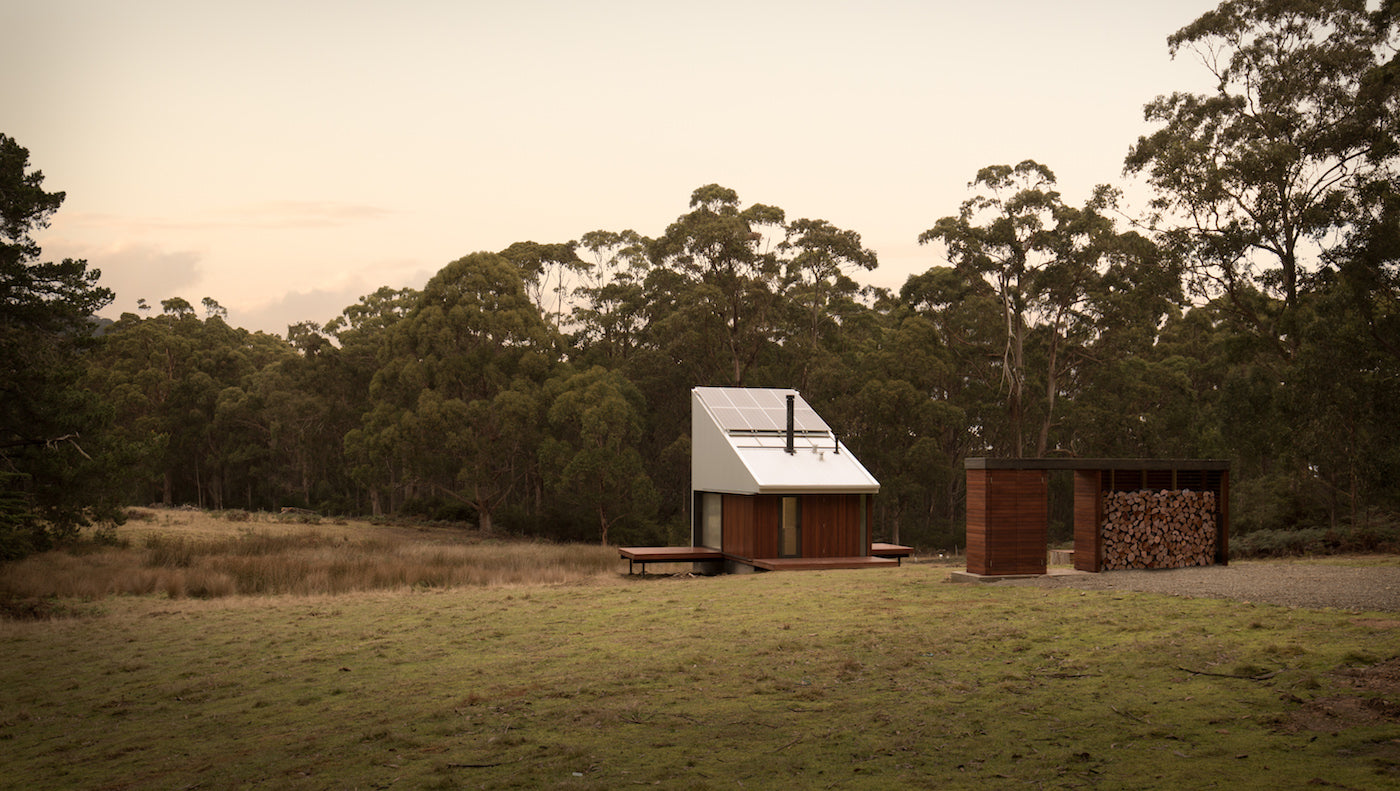 The are photovoltaics mounted to the roof of this Bruny Island cabin. (Photo: Rob Maver)