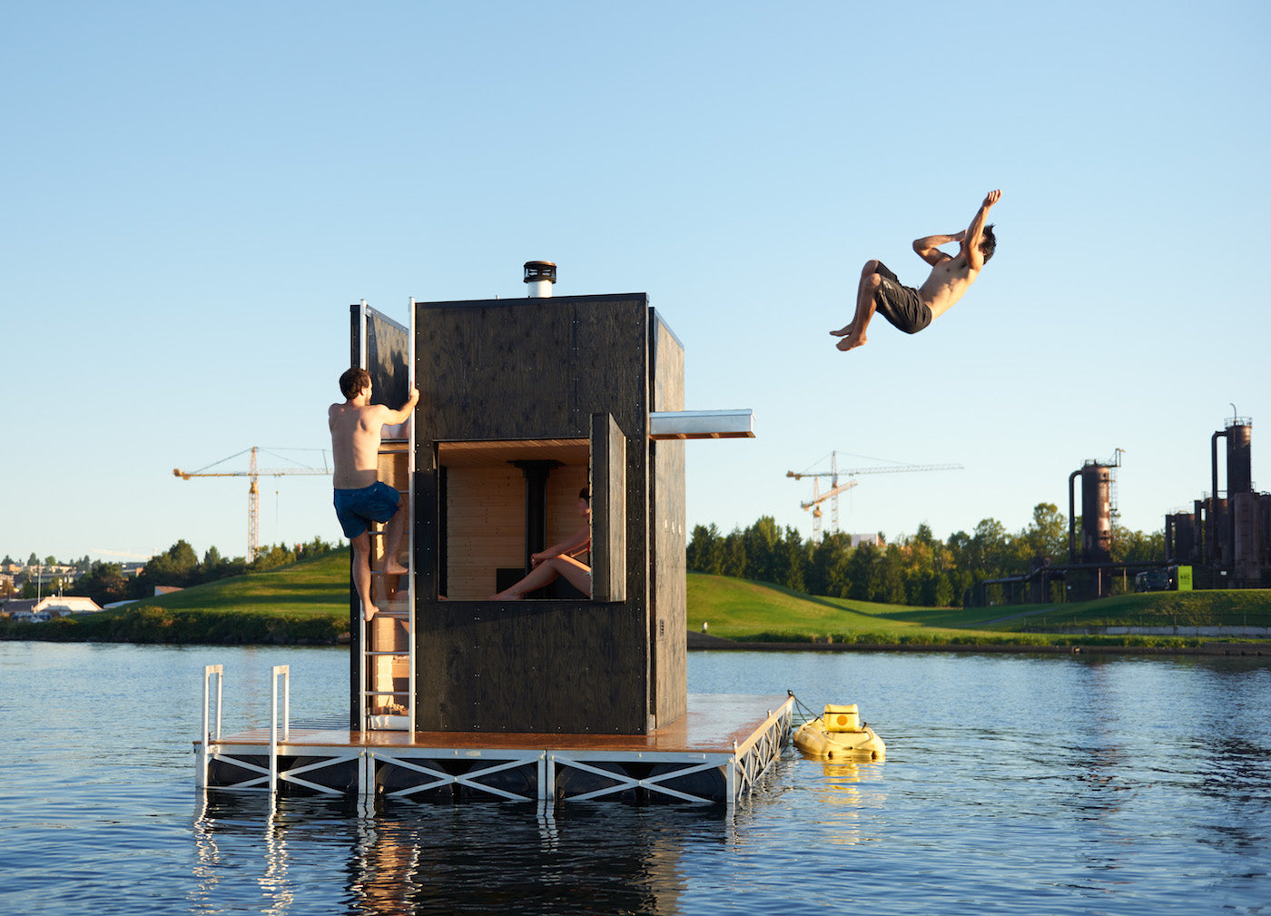 Floating Sauna by goCstudio