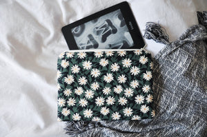 Pressed Flowers Kindle Pouch