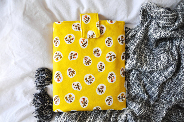Roses On Yellow Book Sleeve