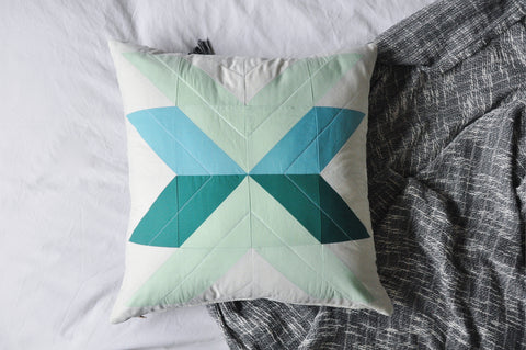 Quilted Cushion Cover 010 - Crosslake