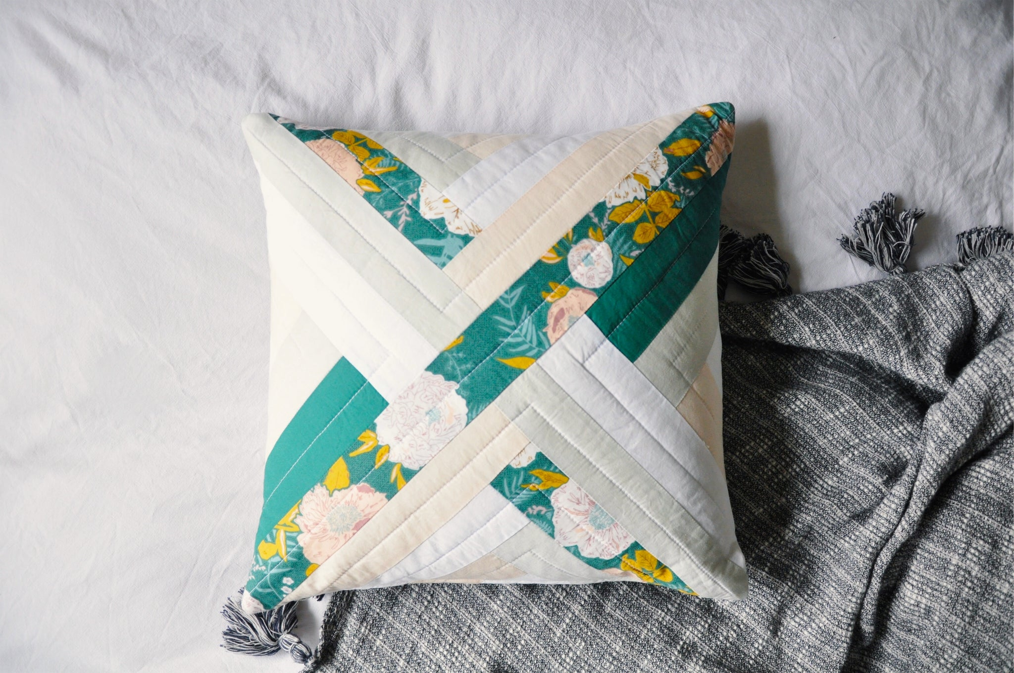Quilted Cushion Cover 001 - Maypole
