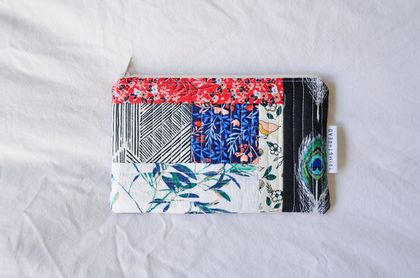 Scrappy Quilted Zipper Pouch 004
