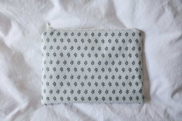 Vintage Leaves Kindle Pouch
