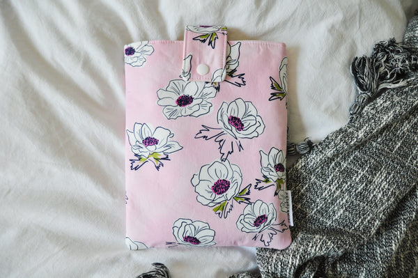 Anemone Floral Book Sleeve