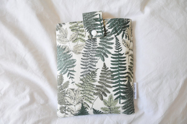 Green Thumb Book Sleeve