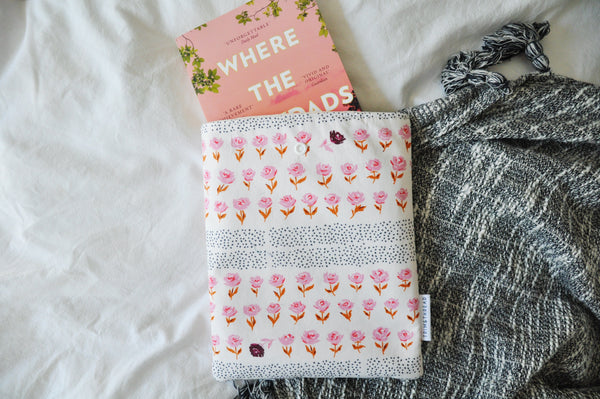 Hyde Park Pink Floral Book Sleeve