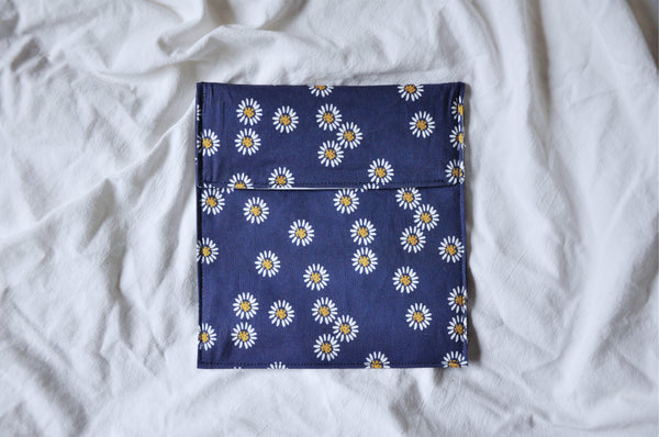 Navy Daisies Fold Over Snack Bag