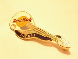 MADRID WHITE DEAD ROCKER BRIAN JONES VOX GUITAR B16-187 hard rock cafe pin