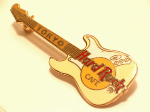 TOKYO HARD ROCK CAFE PIN Left handed horizontal yellow B16-329 MINT CONDITION
