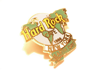 NEW YORK 1999 EARTH DAY HARD ROCK CAFE enamel PIN B16D-367 mint condition UK