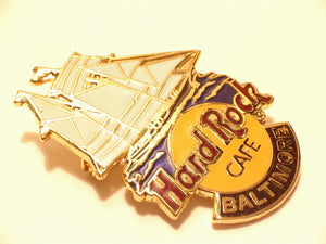 BALTIMORE SCHOONER HRC PIN CLIPPER SHIP LOGO  B17-371 Collectible-Very Good Hard Rock
