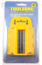 Toolzone 100Pc Hd Utility Knife Blades In Disp Code: KDPKN053