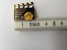 HOLLYWOOD Black and White Movie Clapper Board Logo Hard Rock pin B 3-48