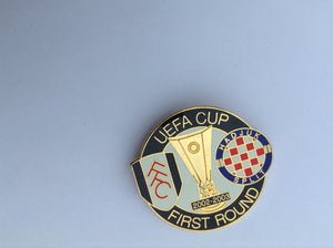 Fulham v Hajduk 02-03 first round uefa cup rare collector's pin badge