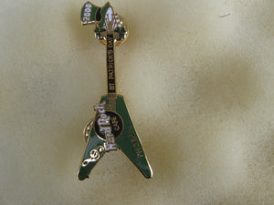 PHOENIX ST. PATRICK'S DAY 2000 guitar with green hat B 2 collectables Hard rock cafe pin
