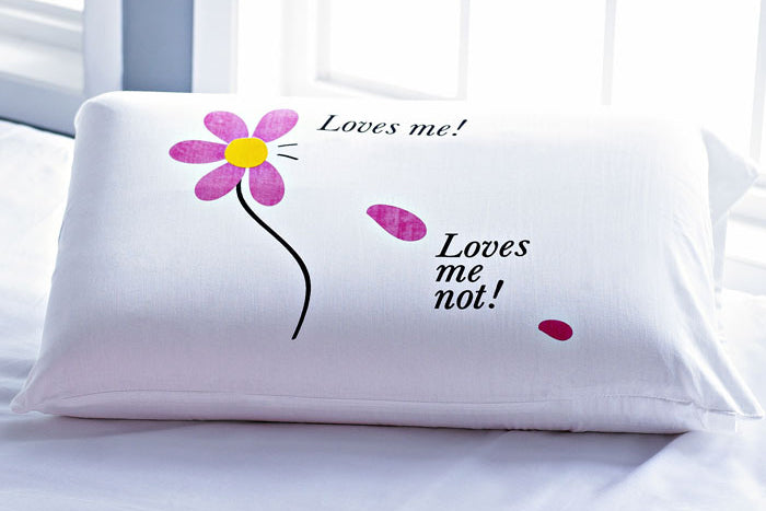 Stoa Paris Loves Me Loves Me Not Pillow Talk Bedlinen