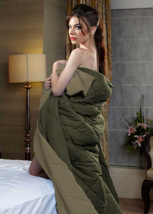 Stoa Paris Reversible Single Comforter