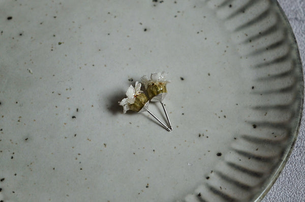 Flower earrings FRENCH WHITE YARROW