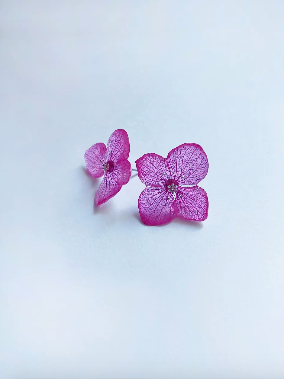 Flower earrings FUCHSIA
