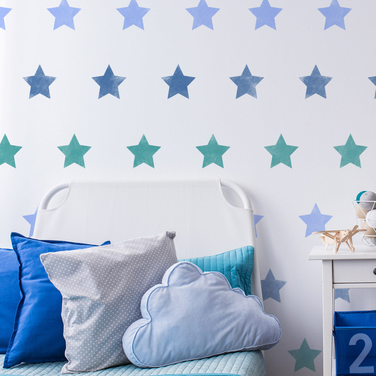 CraftStar Large Star Repeating Pattern Wall Stencil